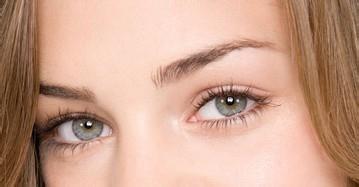 大眼睛因双眼皮而更加神采飞扬