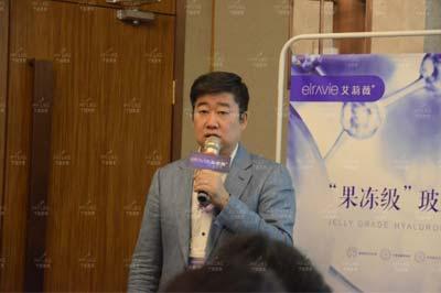 上海做注射隆鼻鼻形矫正采用玻尿酸注射隆鼻能保持多久呢