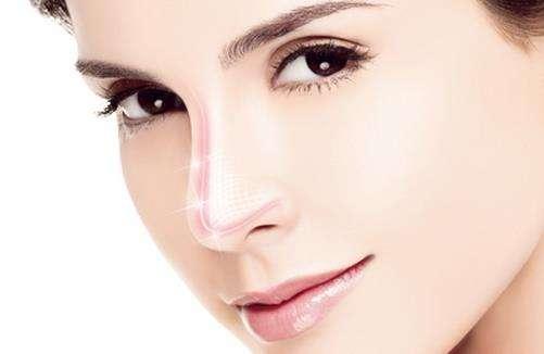 美莱告诉你:打玻尿酸隆鼻的危害是什么?